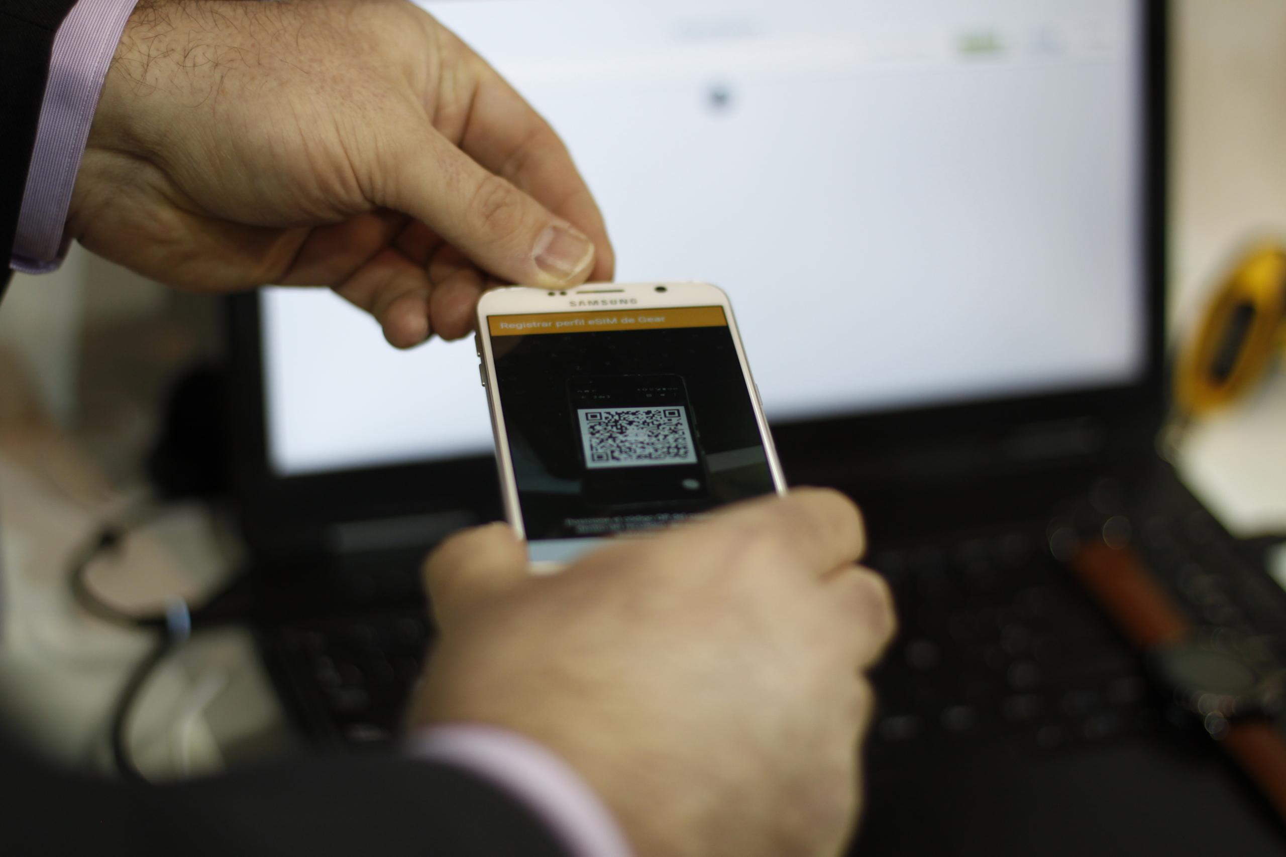 Foto de eSIM en Samsung Gear S2 (4/7)