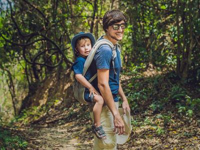 El porteo de niños mayores: consejos y portabebés más adecuados a partir de una determinada edad
