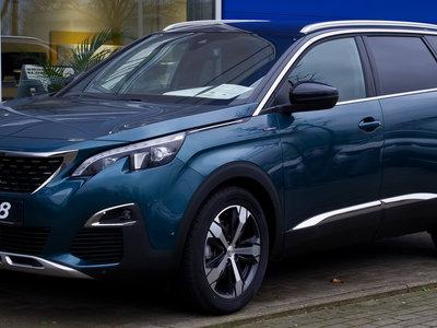 ¿Cómo le va al fabricante de coches del que más depende España?
