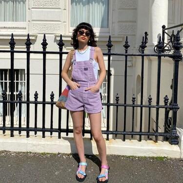 Estas sandalias a todo color están inspiradas en las Teva y su precio es de menos de 20 euros en las rebajas