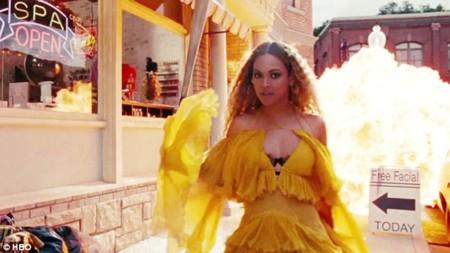 Beyoncé viene con fuerzas. Lemonade es su próximo exitazo