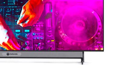 Motorola TV: la primera smart TV de Motorola viene con barra de sonido integrada y un mando para videojuegos
