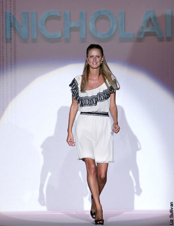 Nicholai, la firma de Nicky Hilton, en la Semana de la Moda de Nueva York Primavera/Verano 2008