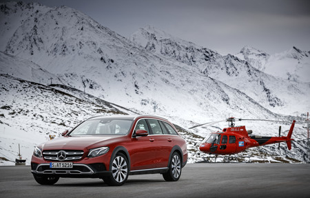 E220d 4matic All Terrain Designo Hyacinth Red Metallic