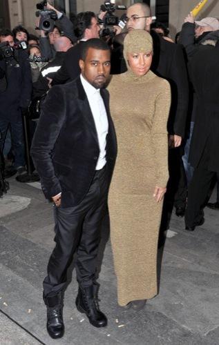 Los looks de Kanye West en la Semana de la Moda de París. Botas