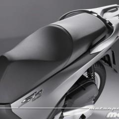 Foto 63 de 81 de la galería honda-scoopy-sh125i-2013-prueba-valoracion-galeria-y-ficha-tecnica-fotos-detalles en Motorpasion Moto