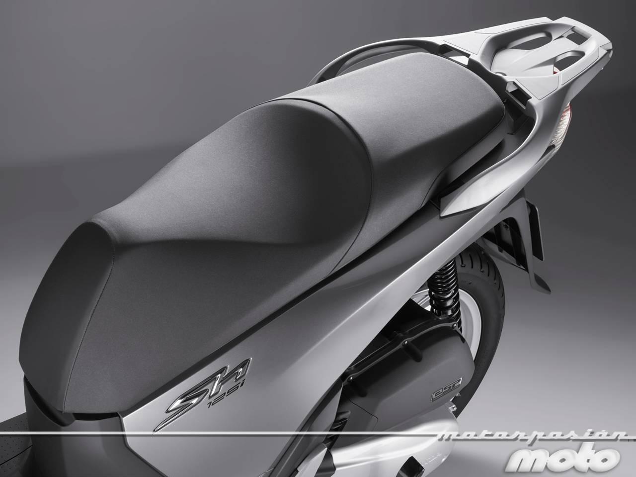 Foto de Honda Scoopy SH125i 2013, prueba (valoración, galería y ficha técnica)  - Fotos Detalles (63/81)