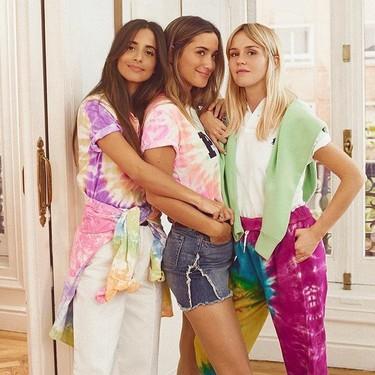 El estampado tie-dye de los años 70 pisa fuerte esta temporada: nueve prendas clave para dar un toque hippie a tus looks
