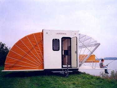 Ojalá nuestra casa se triplicase como esta espectacular caravana
