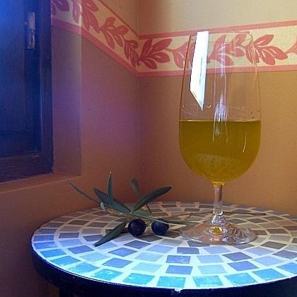 Llega el aceite de oliva nuevo, sin filtrar