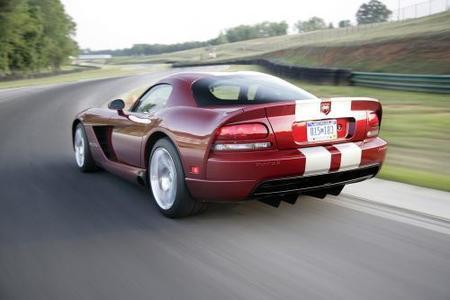 Chrysler le da otra oportunidad al Dodge Viper SRT10