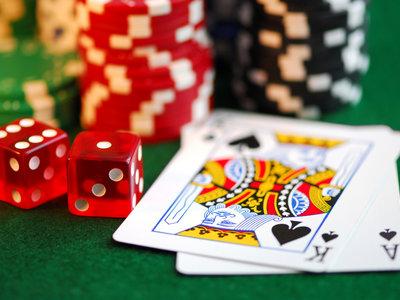 Google Play ya permite las aplicaciones de loterías y apuestas, pero no en todo el mundo