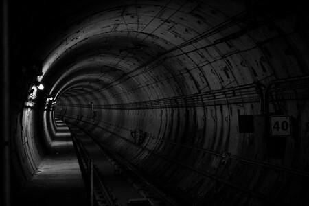Las empresas tendrán que recorrer el túnel más largo del mundo hasta llegar al verano