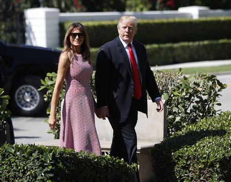 Melania Trump celebra la Pascua con el look más juvenil y veraniego de su armario