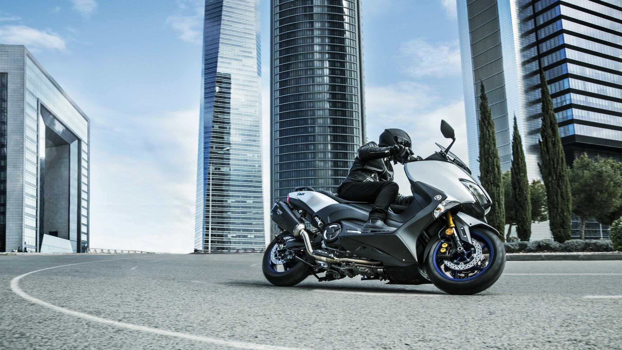 Foto de Yamaha TMax SX Sport Edition 2018 (6/34)
