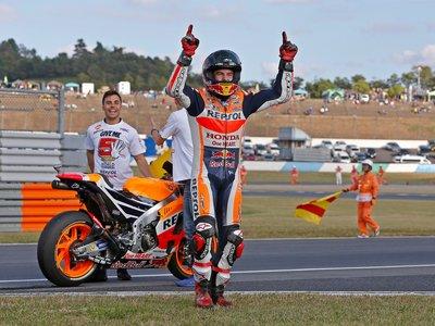"""Marc Márquez hace balance del campeonato: """"Prometí a Honda que sería conservador, no me esperaba esto"""""""
