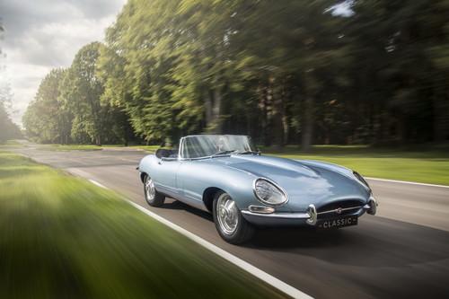 ¿Un E-Type 1968 con motor eléctrico? Jaguar acaba de crearlo y nos parece sensacional