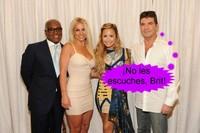 John Legend y Jimmy Kimmel le meten caña a Britney Spears
