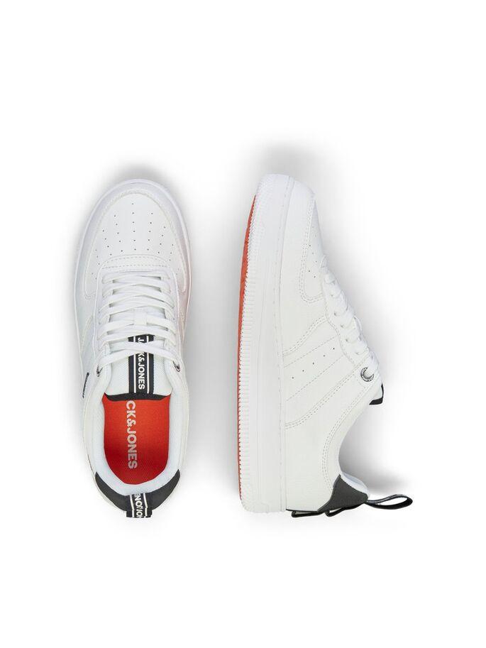 Zapatillas blancas con maxi suela