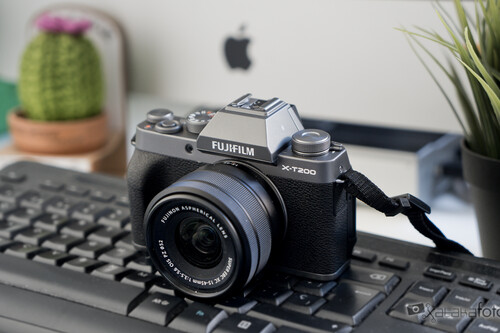 Fujifilm X-T200 análisis: una pequeña sin espejo para principiantes o quien busque sencillez y resultados sin complicaciones