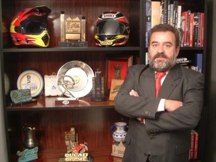 Juan Álvarez abandona la presidencia de la RFEM