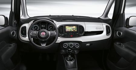 Fiat 500 L 23