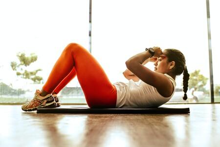 Nike ha empezado hoy sus rebajas y ya puedes renovar tu ropa de entrenamiento con hasta un 40% de descuento