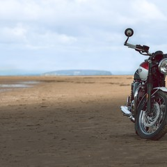 Foto 23 de 27 de la galería triumph-bonneville-t120-bud-ekins-2020 en Motorpasion Moto