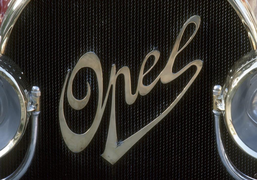 Foto de Logotipos históricos de Opel (28/36)