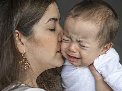 Cuando a los tres meses del bebé crees que no tienes suficiente leche: la crisis de crecimiento o bache de lactancia