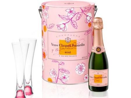 Sakura Box Rosé: Veuve Clicquot para San Valentín