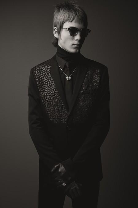 ¿Puede una chaqueta de Black carpet ser tan rockera? Los modelos de Dior Homme nos tienen fascinados