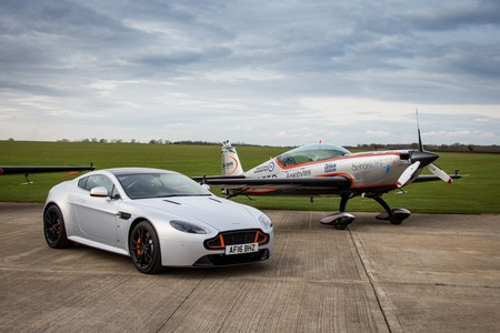Aston Martin Wing Series 6