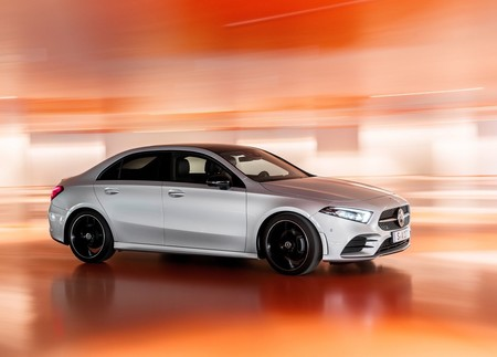 Mercedes Benz A Class Sedan 2019 1600 0b