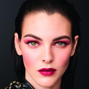 El rosa de Chanel es el nuevo rojo: así es la preciosa colección de maquillaje de la maison para este otoño 2020