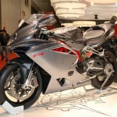 Foto 25 de 30 de la galería mv-agusta-f4-2010-galeria-en-alta-resolucion en Motorpasion Moto