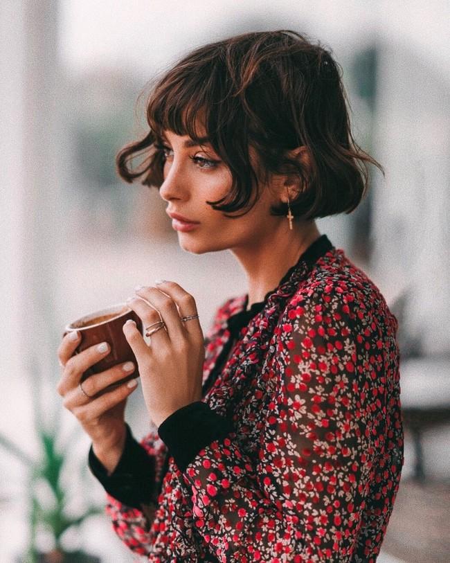 Tendencias primavera-verano 2018: el french bob es el peinado de pelo del momento. 17 formas de lucirlo y triunfar a lo grande