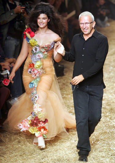 Las modelos curvy están de moda, rompe con los estereotipos