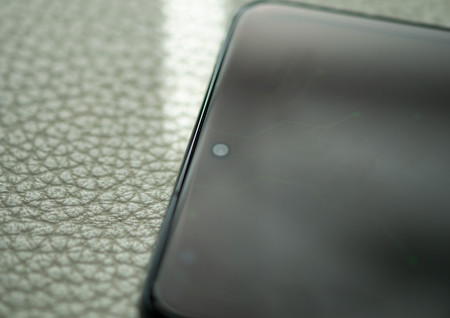 Samsung Galaxy S20 Ultra Diseno Altavoz 01
