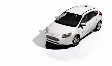 El Ford Focus Electric se actualiza con más batería y recarga rápida