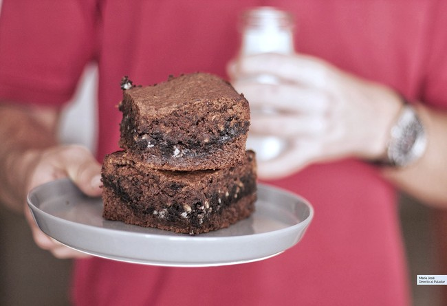 Tarta brow-kies: receta entre brownie y cookies de la que no dejaréis ni una miga