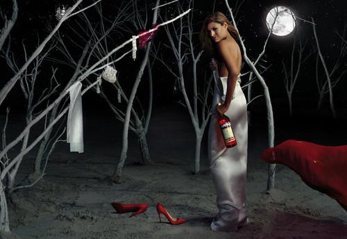 Foto de Eva Mendes para el Calendario Campari 2008 (4/13)