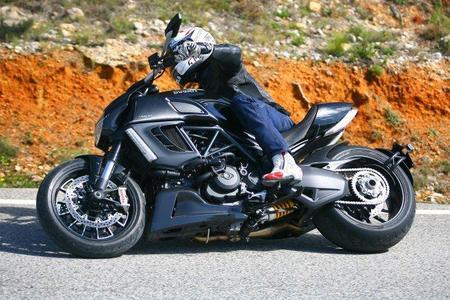 Prueba de la Ducati Diavel para MPM