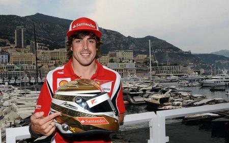Fernando Alonso lucirá un casco dorado este fin de semana y en Singapur