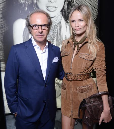 Natasha Poly se convierte en la estrella invitada a la presentación Timeless Icons de Tod's en Milán