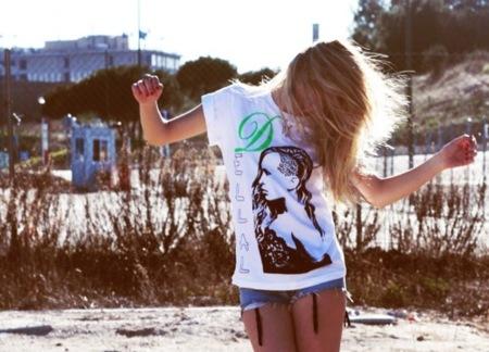 Yatt, camisetas modernas y originales, alice