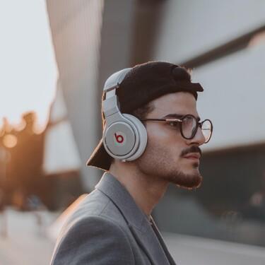 Los auriculares inalámbricos con cancelación de ruido y diseño increíble que se convertirán en protagonistas de tu estilo
