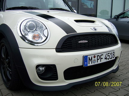 Mini Cooper S con el kit John Cooper Works