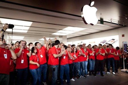 La Apple Store de Marbella abre sus puertas
