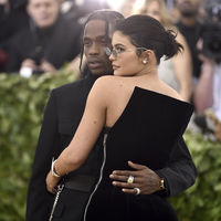 Gala MET 2018: Kylie Jenner y Travis Scott hacen su debut en la alfombra roja